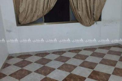 شقة للإيجار (400 شيكل )شامل المية والكهربا