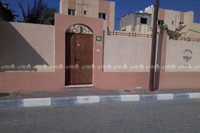 منزل للبيع غرب مسجد الحبيب محمد.