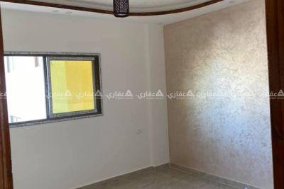 شقة في عمارة حديثة البناء